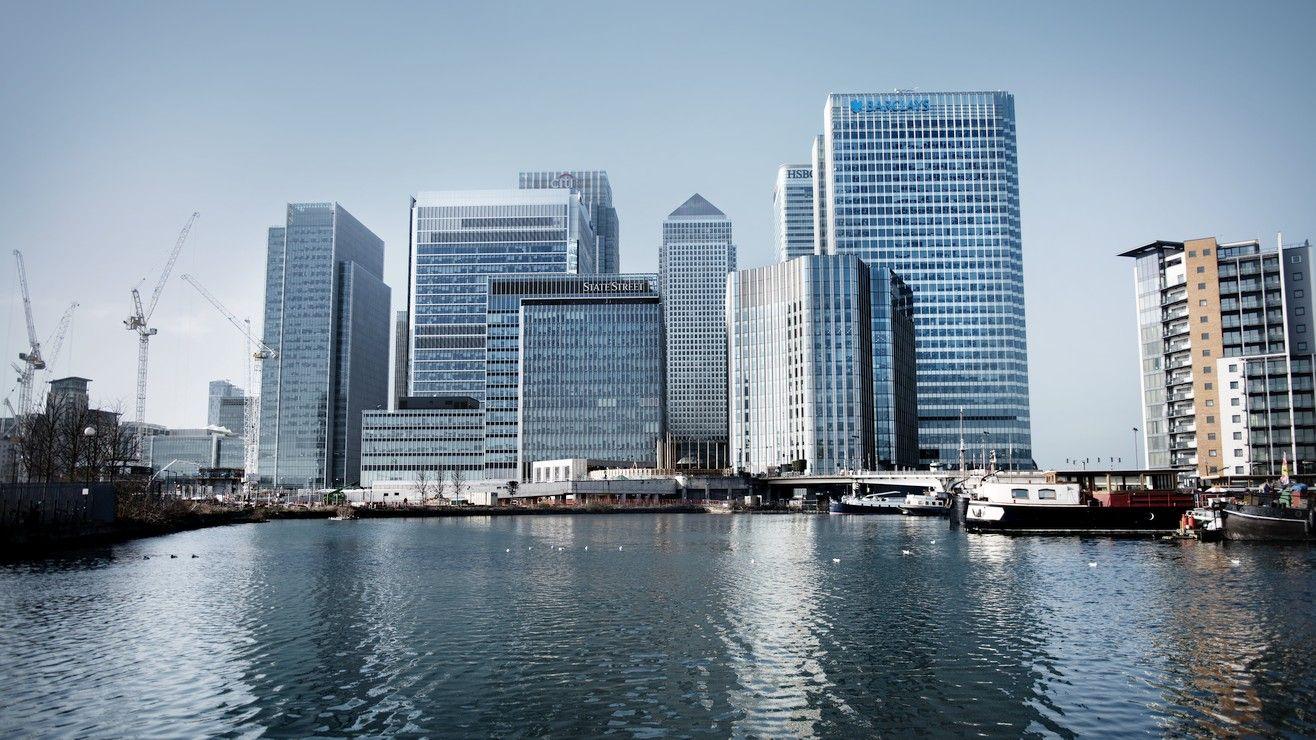 Morgan Stanley Investor Relations >> Barclays Investor Relations Barclays