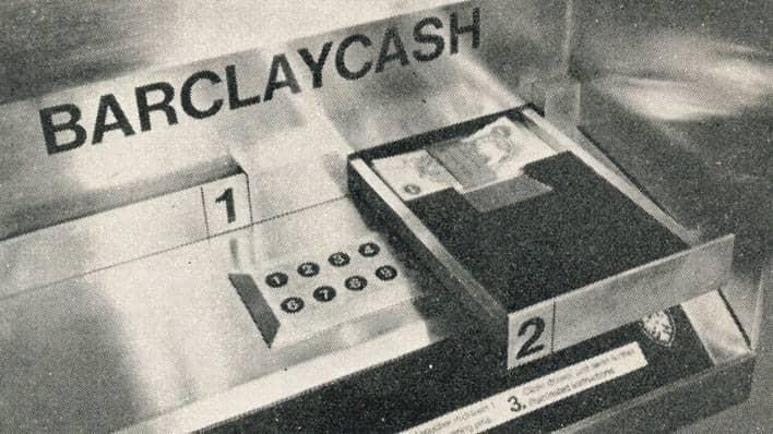 Cheque especial para ser usado en el cajero automático de Barclays. Imagen: BARCLAYS