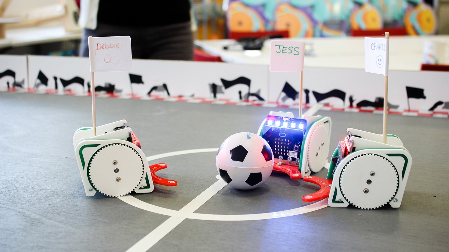Robots programmed to play table football