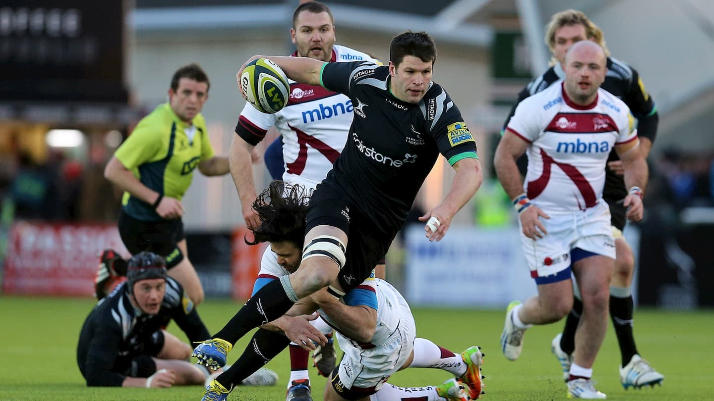 Ally Hogg playing for Newcastle Falcons against Sale Sharks